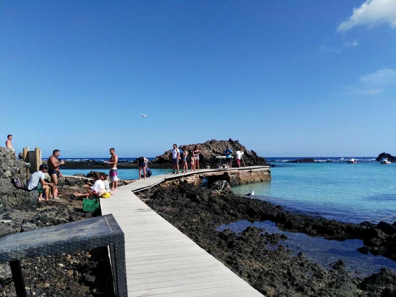 Ruta por Isla de Lobos | Fuerteventura | Islas Canarias | Muelle