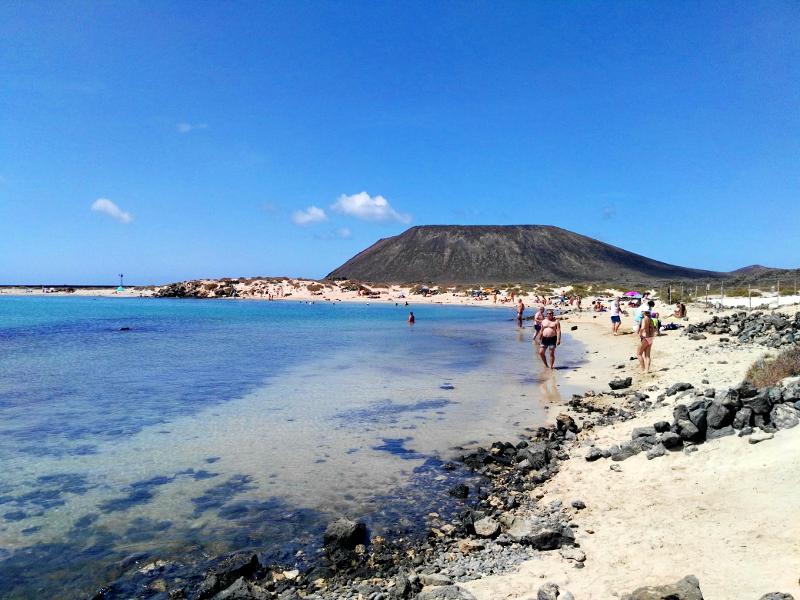 Ruta por Isla de Lobos | Fuerteventura | Playa de la Concha