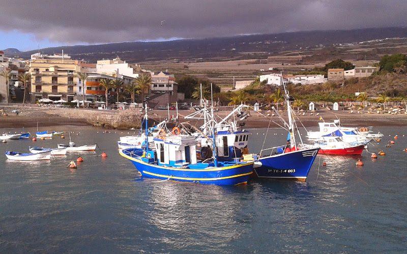 Playa de San Juan | Guía de Isora | Tenerife | Barcos pesqueros