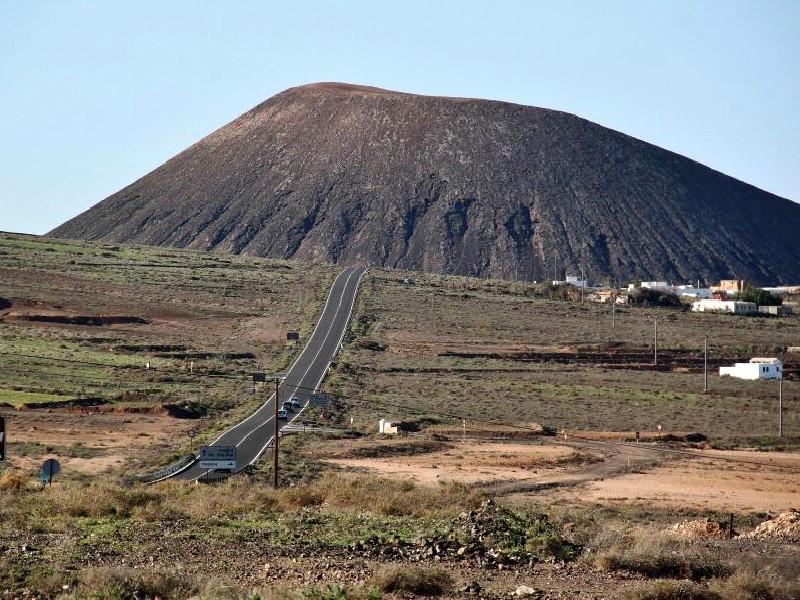 Fuerteventura | La Oliva | Montaña de Tindaya