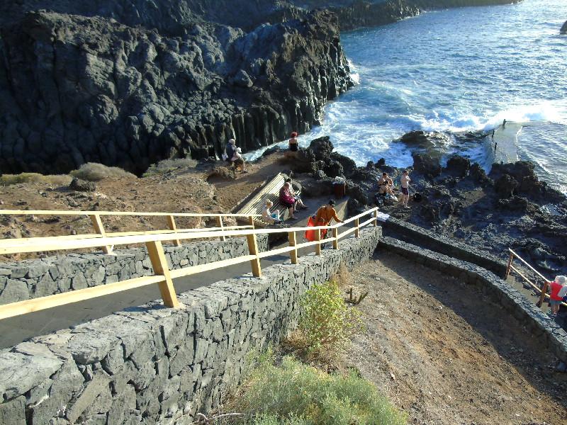 Charco de Isla Cangrejo | Los Gigantes | Escaleras