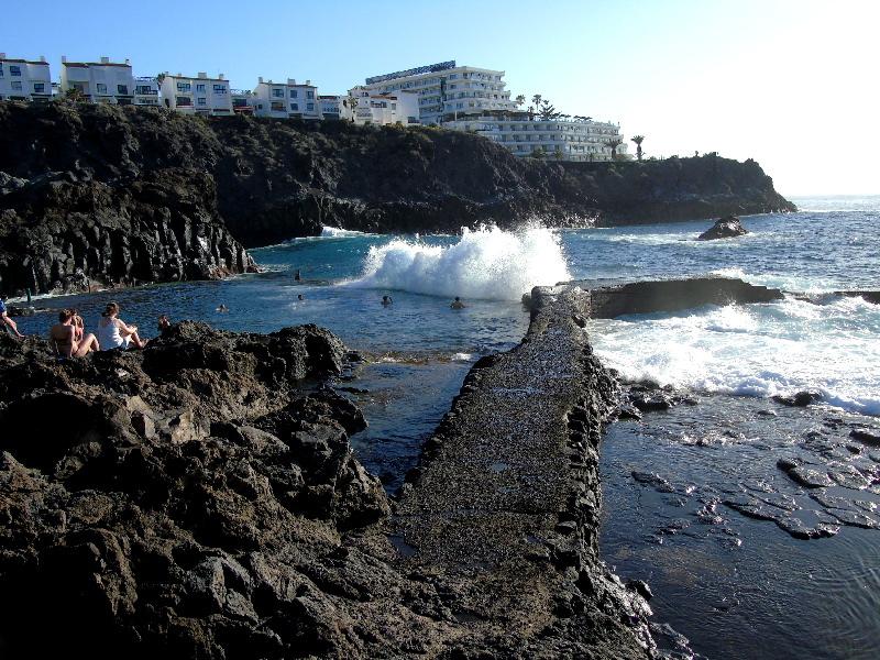 Charco de Isla Cangrejo | Los Gigantes | Olas