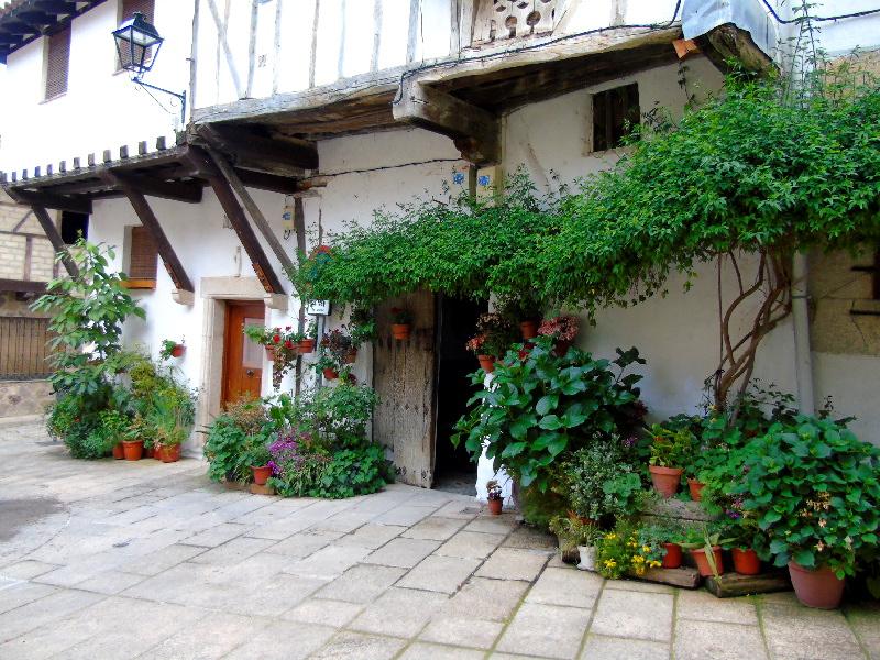 Cuacos de Yuste | Cáceres | Extremadura | Casa de la Plaza de la Fuente de los Chorros