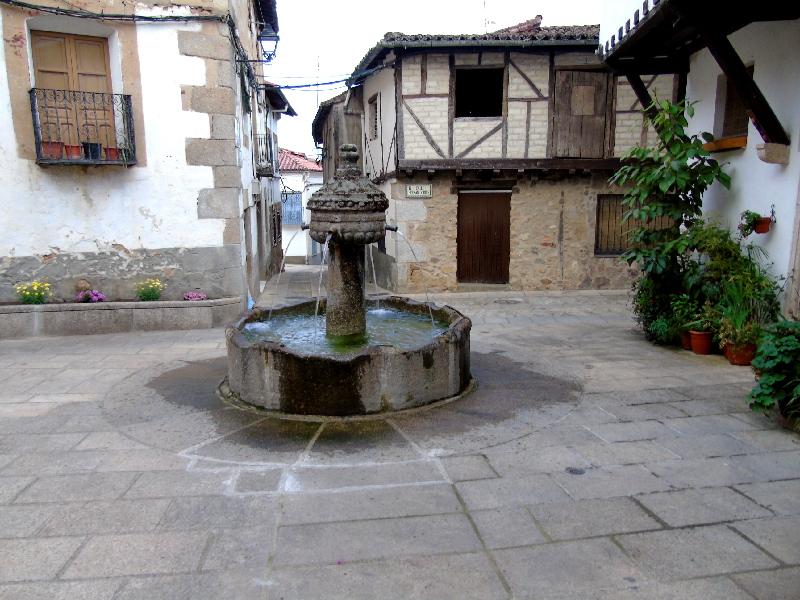 Cuacos de Yuste | Cáceres | Extremadura | Plaza de la Fuente de los Chorros