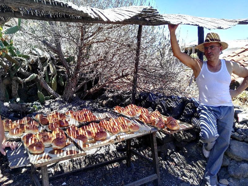 Día de las Tradiciones de Chirche | Guía de Isora | Tenerife | Venta de bollos