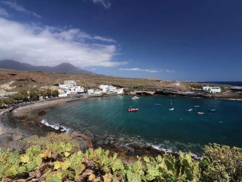 Puertito de Adeje | Tenerife Sur | Desde la carretera