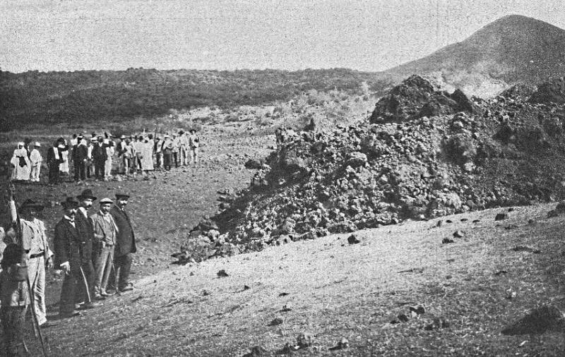 Erupción del volcán Chinyero | Imagen antigua | La prensa ante el Chinyero