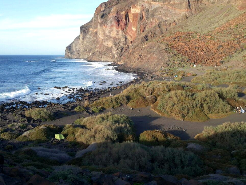 Playas para relajarse en La Gomera | Playa del Inglés | Valle Gran Rey | Islas Canarias
