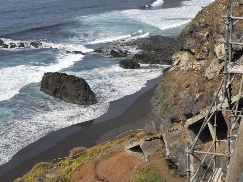 Playas volcánicas en Tenerife
