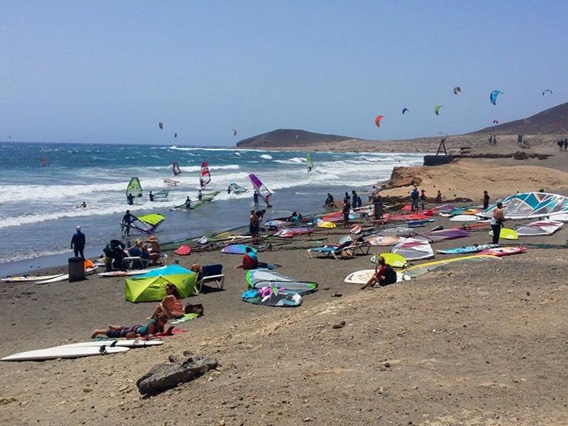 Practicar deportes náuticos en El Médano
